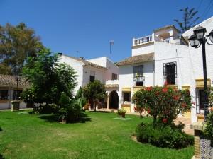 2257 - Townhouse For rent in Pueblo los Arcos, Marbella, Málaga, Spain