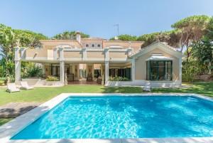 2268 - Villa For sale in Hacienda las Chapas, Marbella, Málaga, Spain