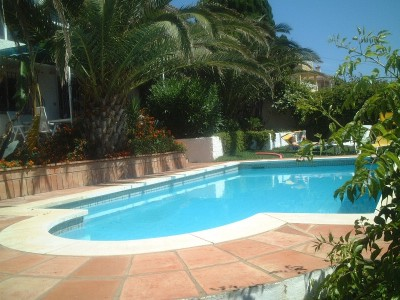 788115 - Villa For sale in Estepona, Málaga, Spain