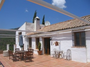 1000APF622 - Rustic Finca For sale in Estepona, Málaga, Spain