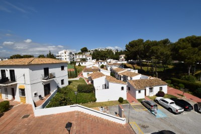 One bedroom apartment in the La Cortijera community, close to La Cala de Mijas.