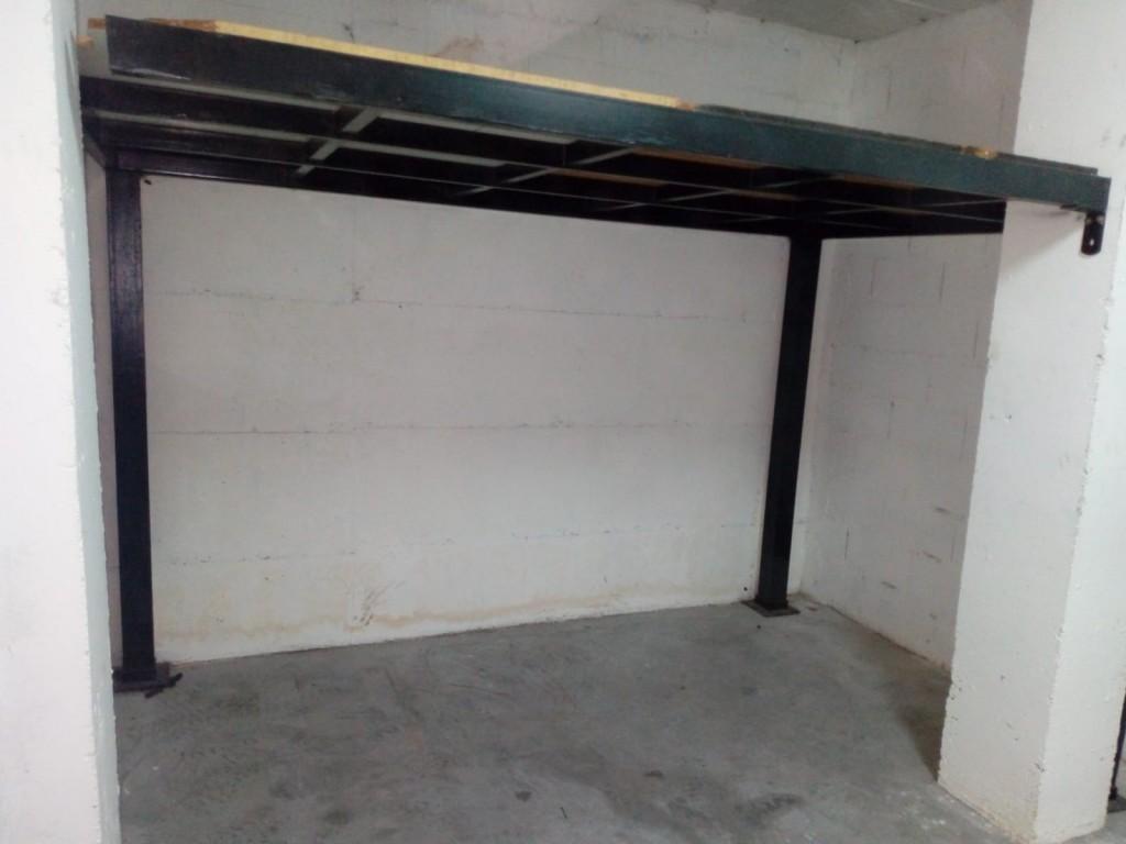 Storeage garage