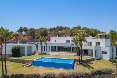 Chalet de lujo moderno con vistas al mar en venta en Sol de Mallorca
