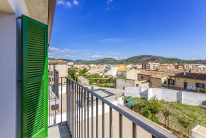 New apartments with gorgeous views for sale in central Alaro, Mallorca