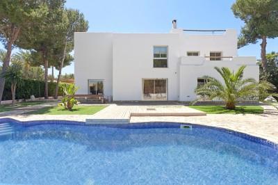Villa a la venta en exclusiva zona de Sol de Mallorca
