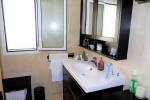 1498-bathroom1