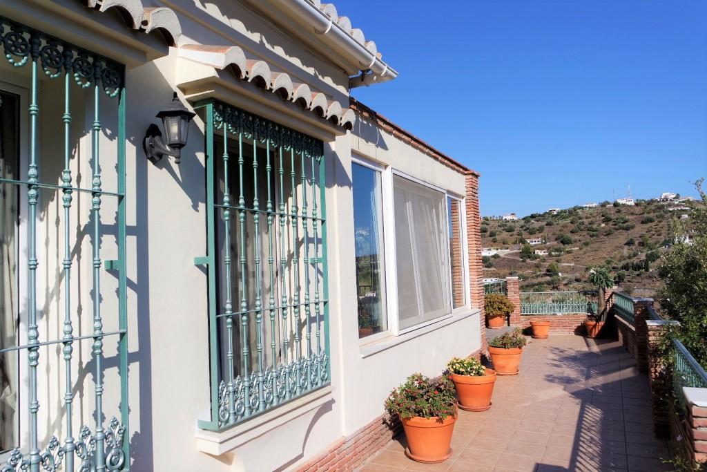 1498-terrace2