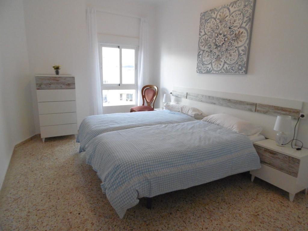 1635-bedroom