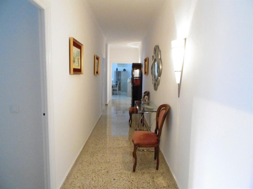 1635-hallway