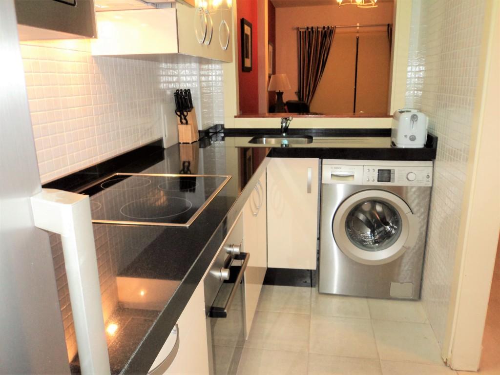 1710-kitchen1
