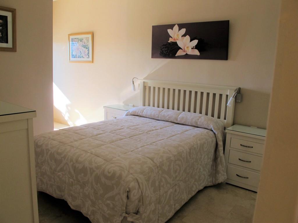 1710-bedroom