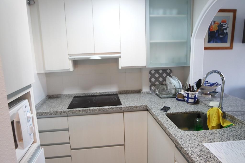 1621-kitchen