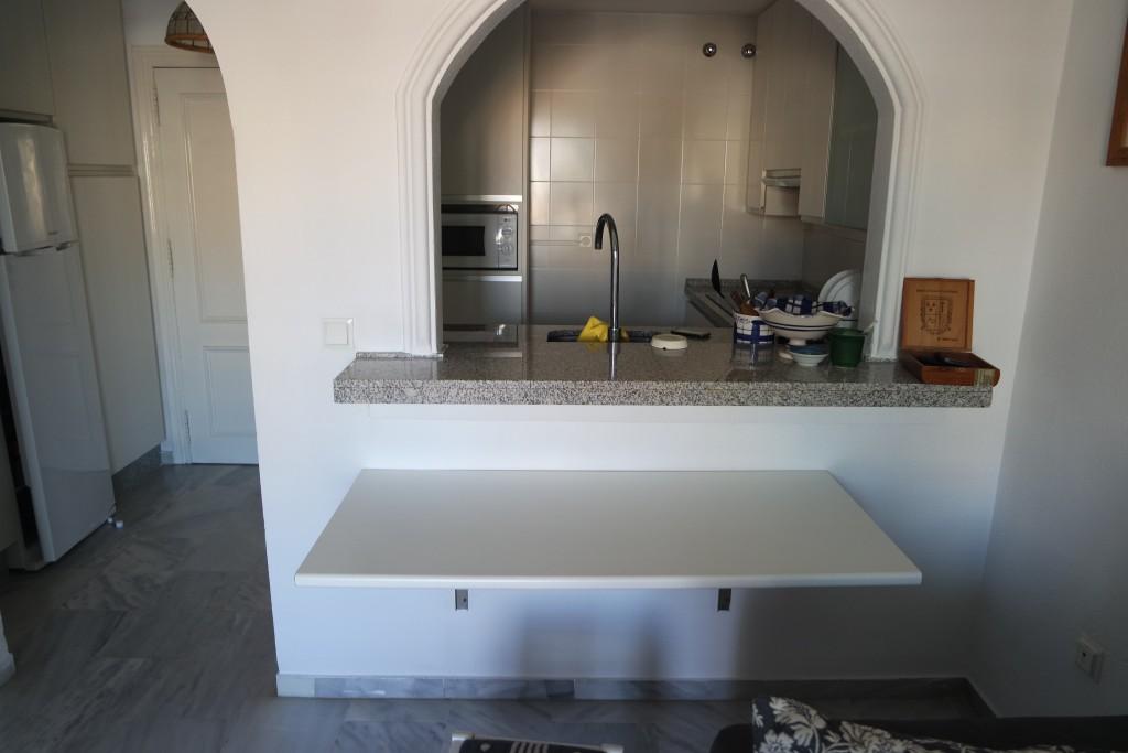 1621-kitchen1