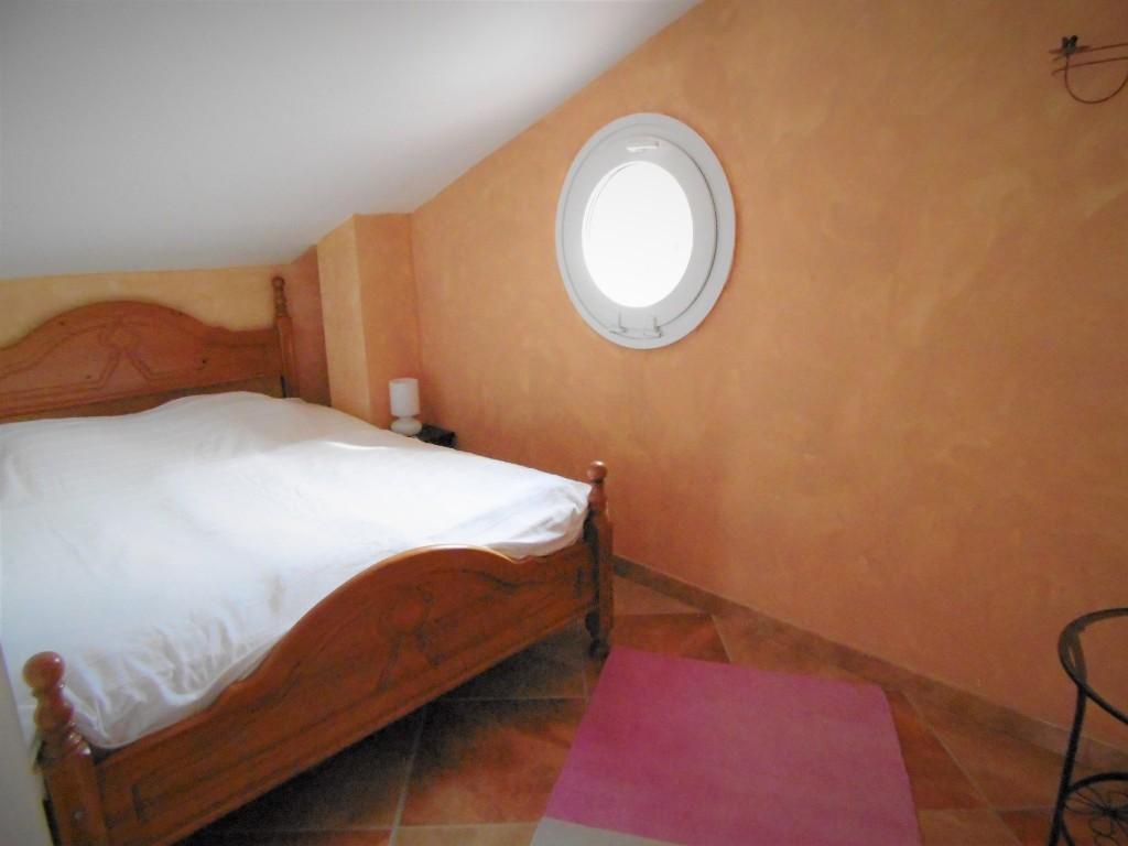 1634-bedroom4-2