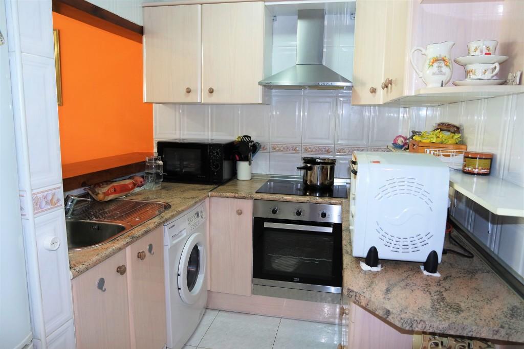 1642-kitchen