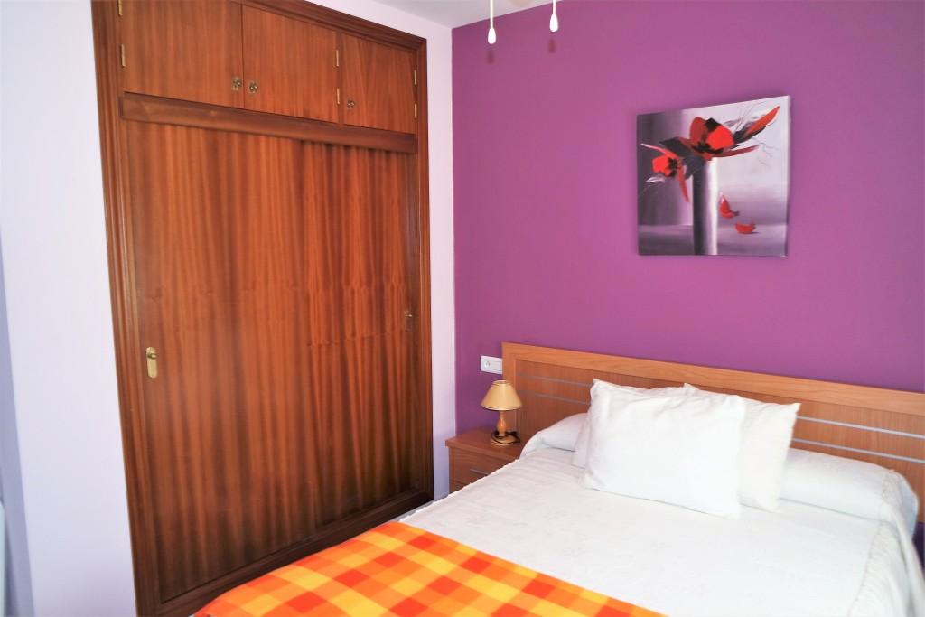 1643-bedroom1