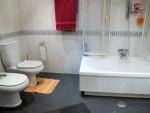 1648-bathroom2