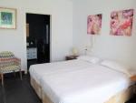 A218-bedroom1