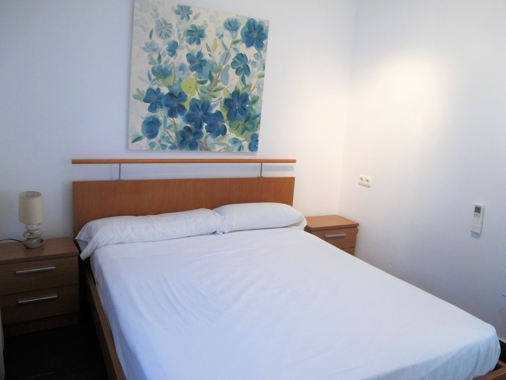 A218-bedroom2-3