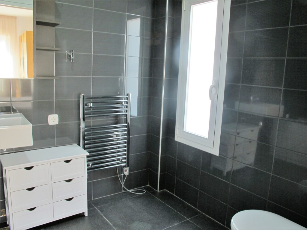 A218-bathroom1