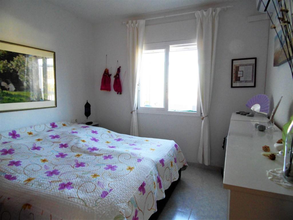 1652-bedroom