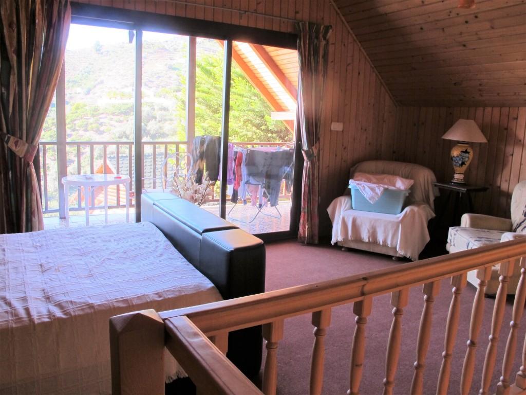 1653-bedroom2-3