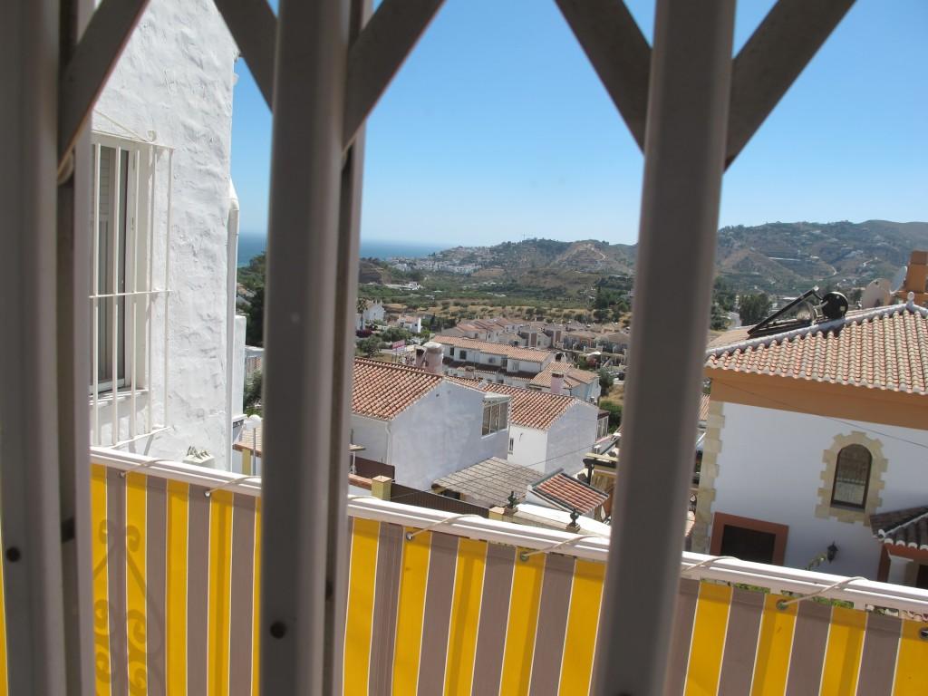 1686-balcony