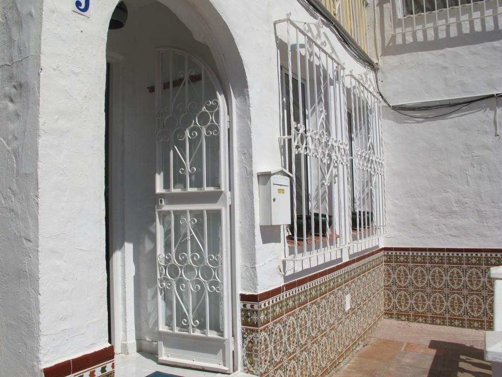 1686-entrance
