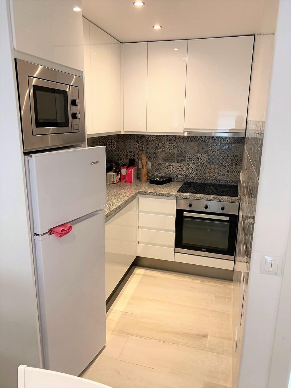 1690-kitchen