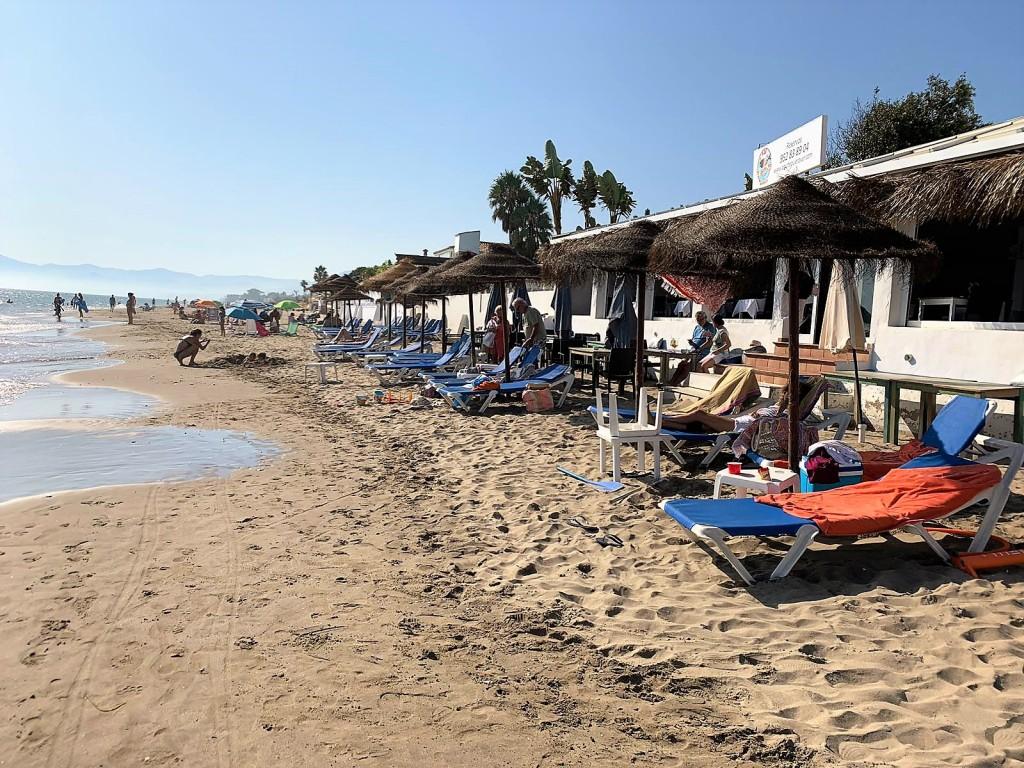 1690-beach1