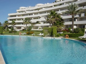 396202 - Holiday Rental For sale in East Estepona, Estepona, Málaga, Spain