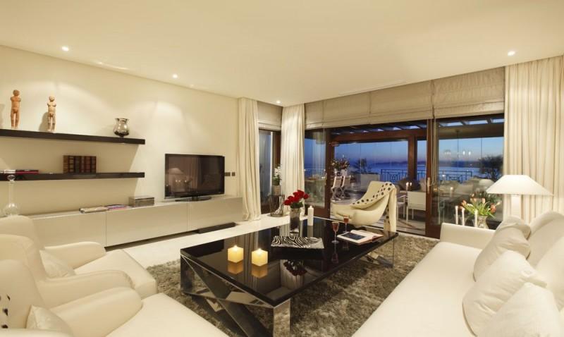Living room show flat