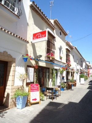 Restaurant for sale in old town Estepona
