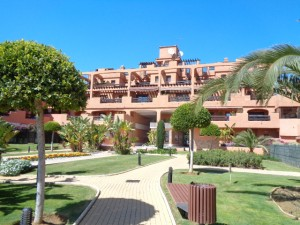 Modern 2 bedroom Estepona