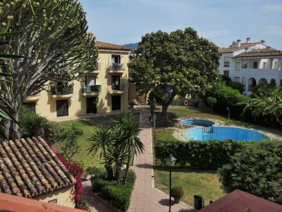 781810 - Apartment For sale in East Estepona, Estepona, Málaga, Spain