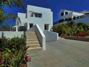 782581 - Villa For sale in West Estepona, Estepona, Málaga, Spain