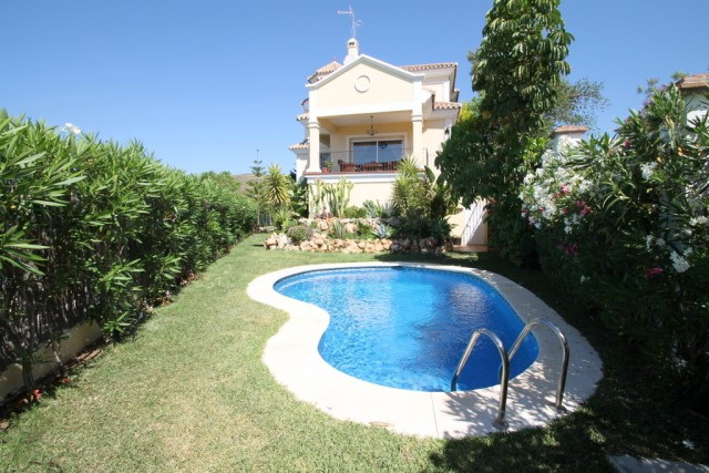 Luxury Villa for Sale in Benahavís, Costa del Sol