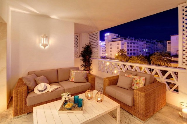Luxury Apartments For Sale in Puerto Banus, Marbella