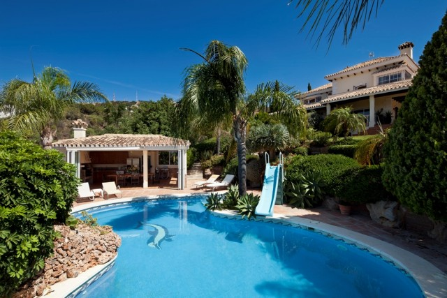 Substantial Luxury Villa For Sale in Marbella, Costa del Sol