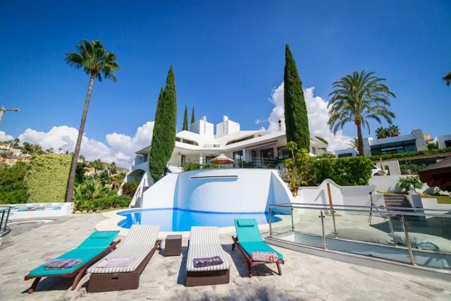 Designer Villa for Sale in Nueva Andalucía, Marbella