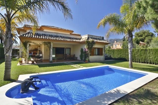 Quality Villa for Sale in Rio Real, Marbella