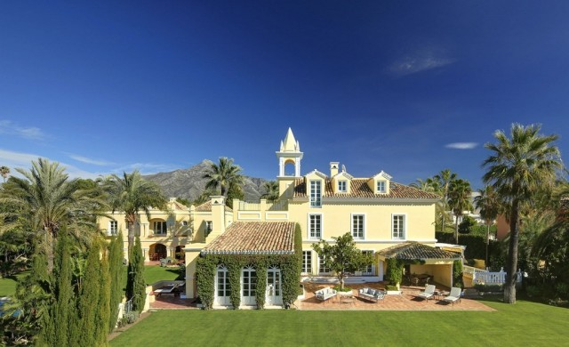 Magnificent Villa for Sale in Nueva Andalucia, Marbella