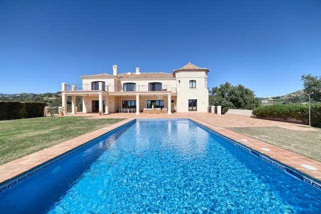 Stylish Villa for Sale in Benahavis, Costa del Sol