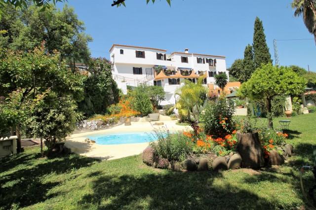 Unique Country Villa for sale in Estepona