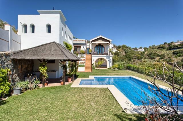 Magnificent Villa for Sale in Benahavis, Costa del Sol