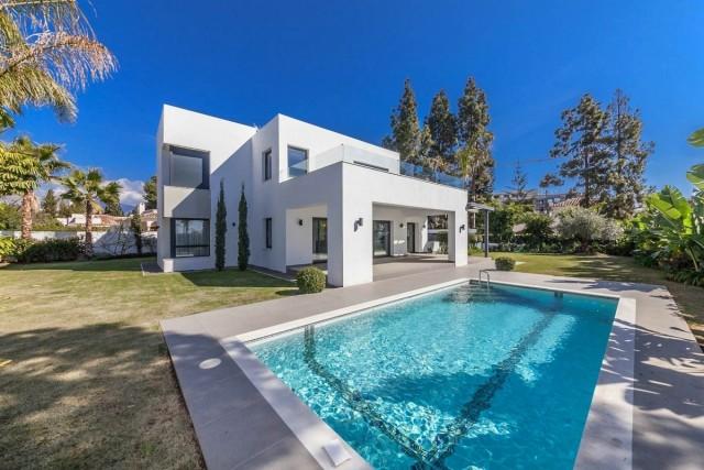 Beachside Villa for Sale in New Golden Mile, Estepona