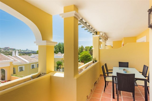 Modern Apartment for Sale in La Quinta, Marbella