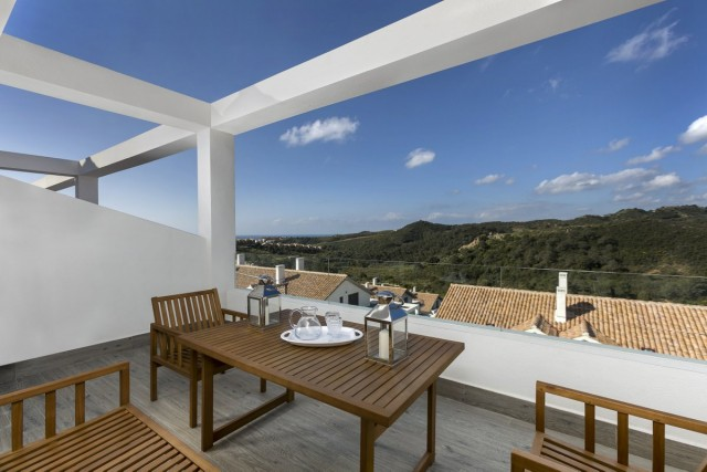 New Penthouse for Sale in New Golden Mile, Estepona