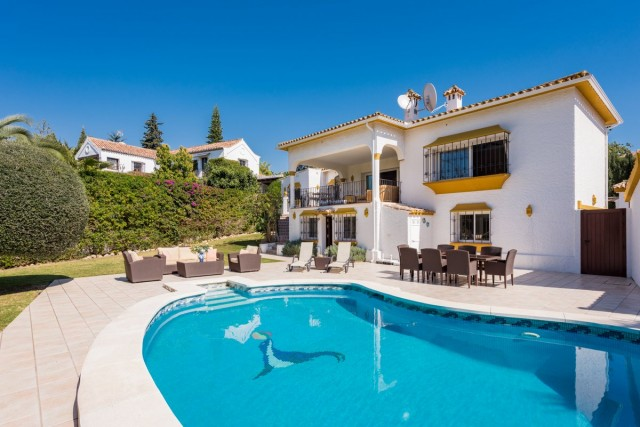 Frontline Golf Villa for Sale in Guadalmina Alta, Marbella
