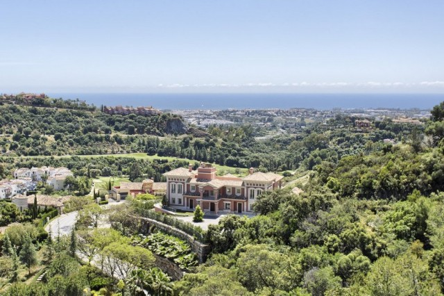 Unique Mansion for Sale in Los Arqueros, Benahavis